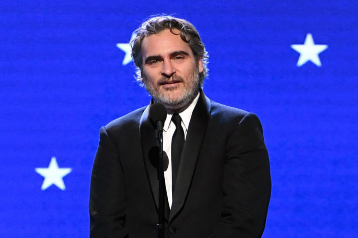 Joaquin Phoenix Calls Mom His 'Inspiration' at Critics' Choice: 'You've Never Given Up on Me'