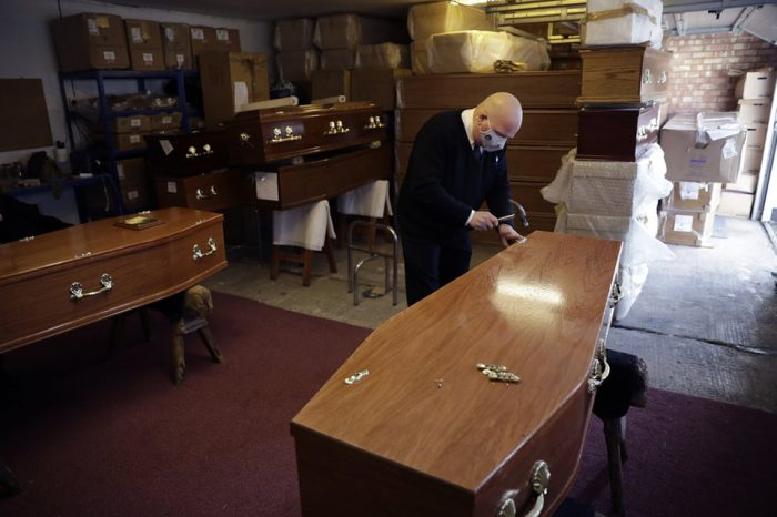 Pandemic takes a toll on exhausted UK funeral directors